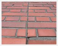 外壁シーリング材の変退色と剥離