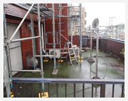 屋上の足場写真